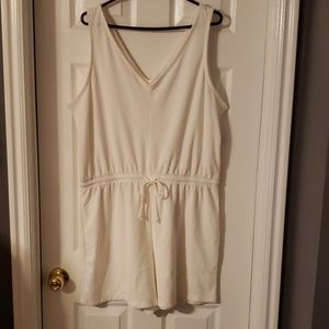 Terry cloth white romper